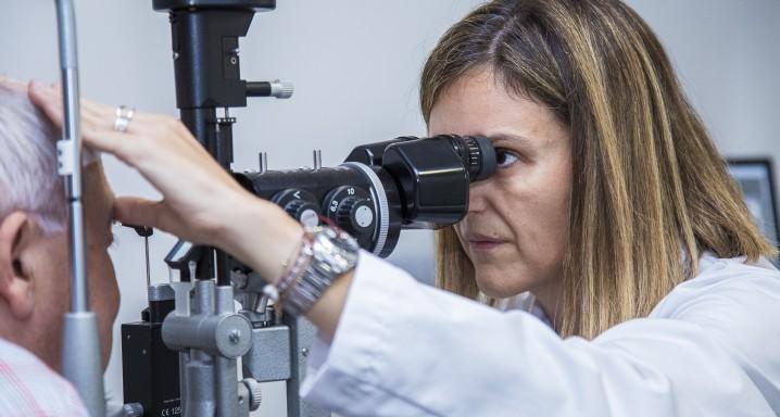 Dra. Marta Pazos MD, PhD, especialista en glaucoma de l'Institut de la Màcula